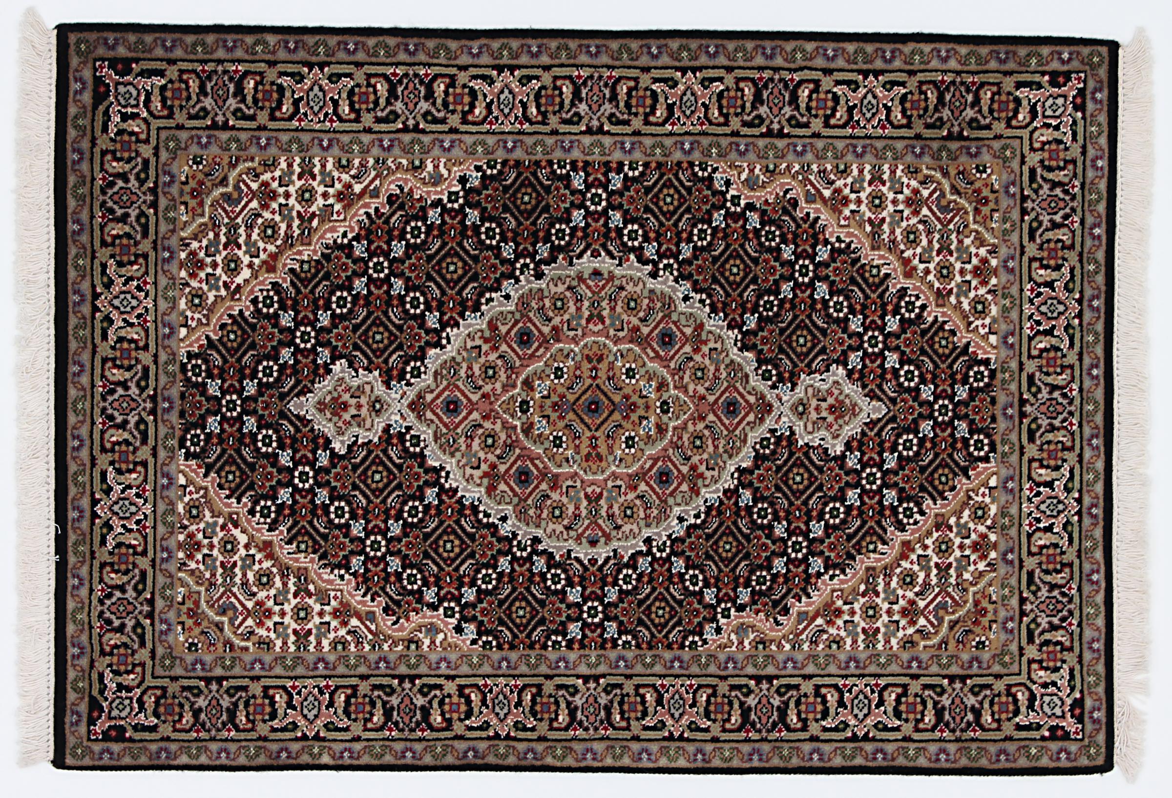indo t briz indischer teppich 124x87 id23159 kaufen sie ihren orientteppich i 120x80 bei. Black Bedroom Furniture Sets. Home Design Ideas