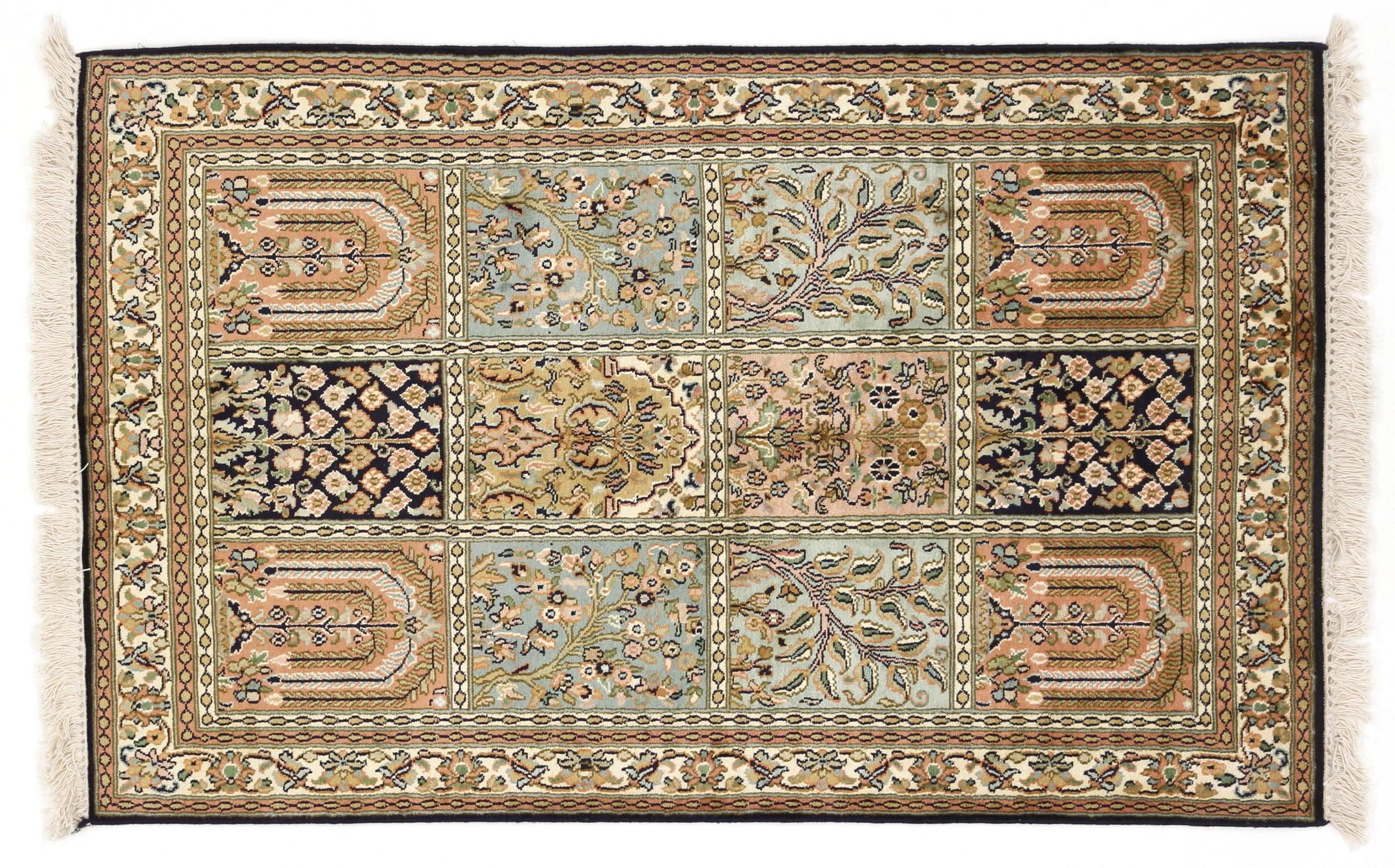 kaschmir reine seide indischer teppich 127x79 id20247. Black Bedroom Furniture Sets. Home Design Ideas