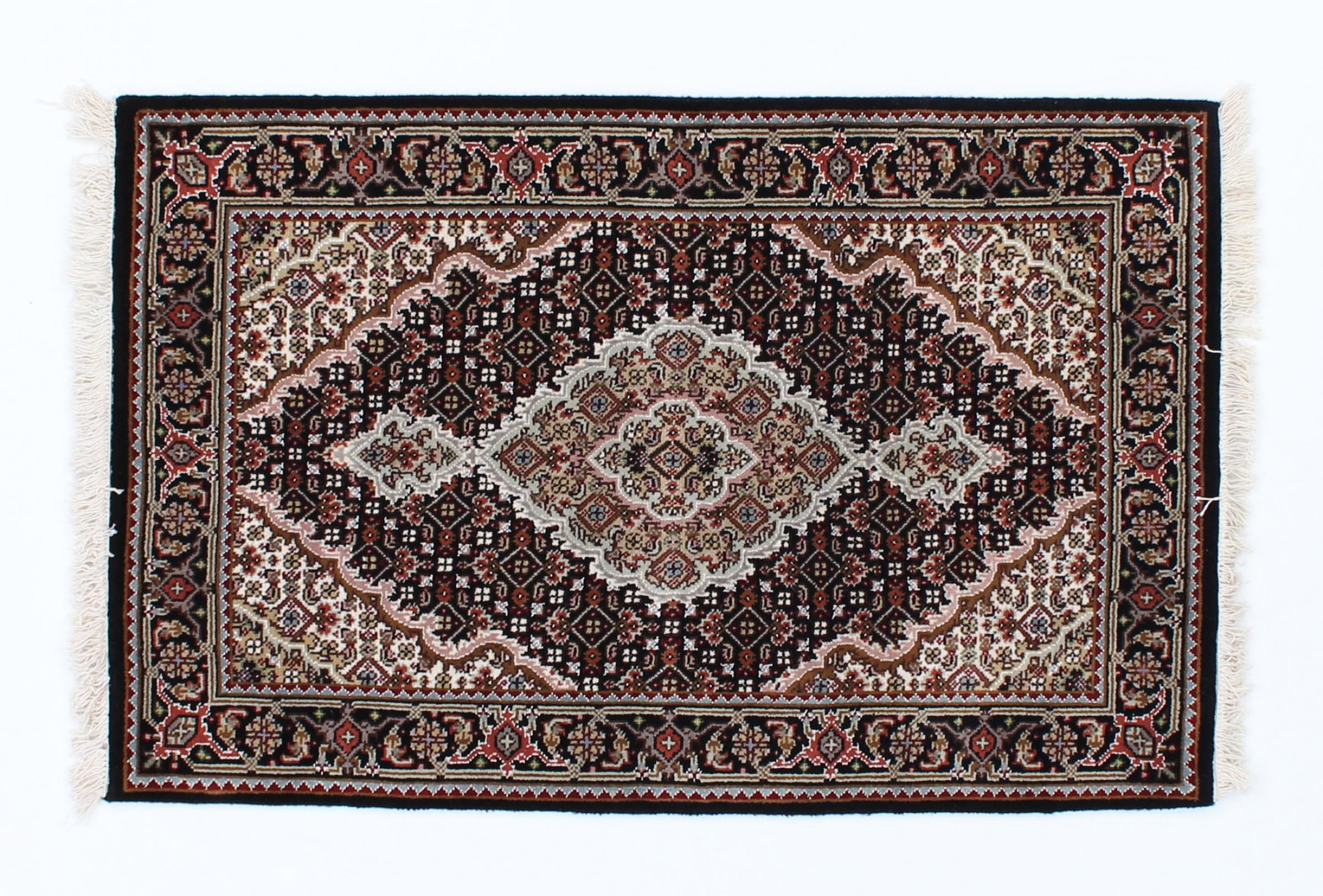 indo t briz indischer teppich 122x80 id23773 kaufen sie ihren orientteppich i 120x80 bei. Black Bedroom Furniture Sets. Home Design Ideas