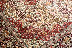 Kashmir pure silk 273x187 - 3