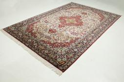 Kashmir pure silk 273x187 - 4